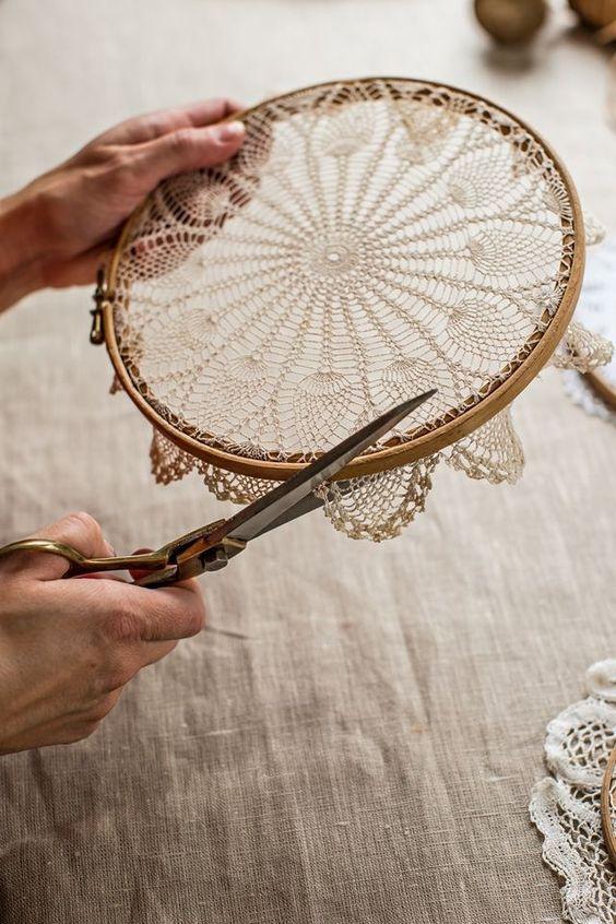 trabalho artesanal feito com tesoura para valorizar